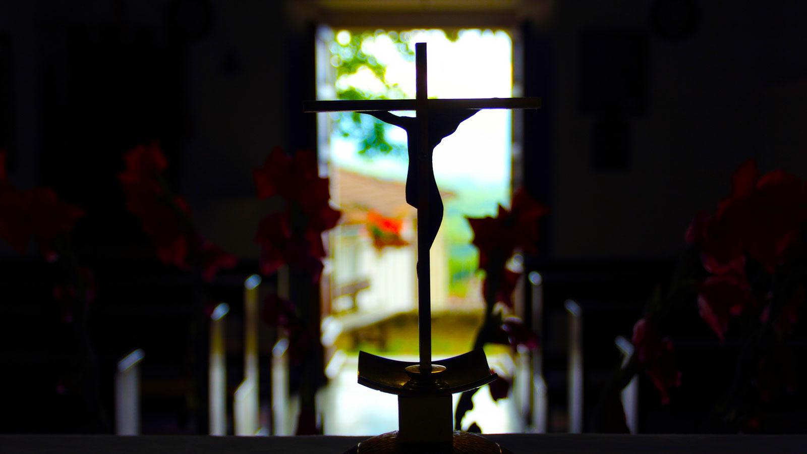 jesus-silhouette